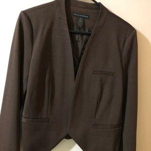 GRACE ELEMENTS beautiful brown blazer.